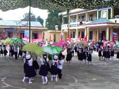 Trường tiểu học thị trấn Quân Chu - Màn đồng điễn đón chuẩn quốc gia