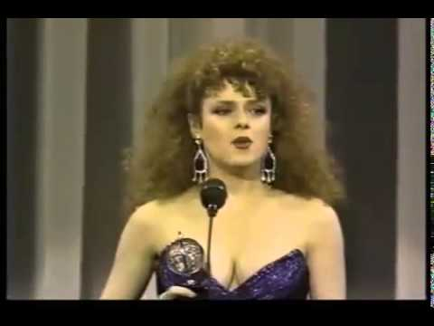 Bernadette Peters wins 1986 Tony Award for Best Actress in a Musical