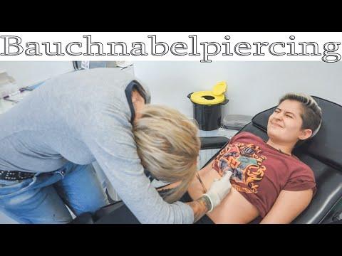 Bauchnabelpiercing Für Meine Beste Freundin 💉 Live Beim Stechen Dabei   PiercingVlog