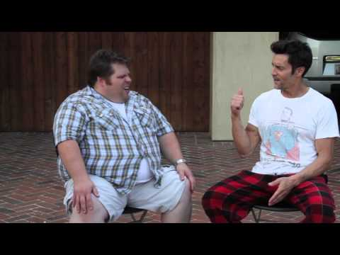 Awkward fan surprises p90x creator Tony Horton at home