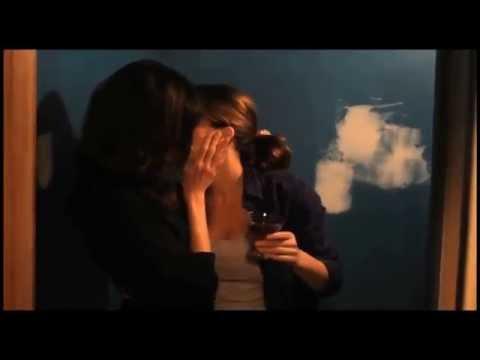 Lesbian Kissing Scenes 5