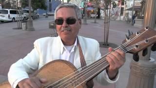 """""""Cascabel"""" Los Angeles Musicos Callejeros - Street Musicians - Guitarron"""