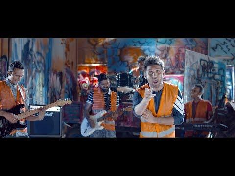 HOT CHOCOLATE  - Kunu (කුණු) Official Music Video