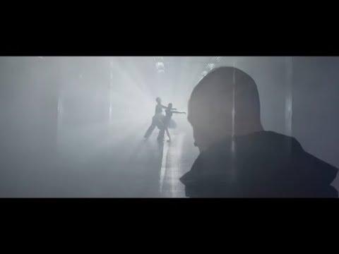JedenOsiemL - Grawitacja (Official Video)