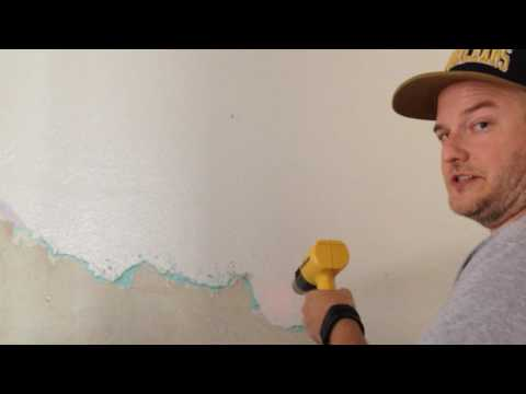 Plaster Wall Restoration: Removing Layers of Paint and Drywall
