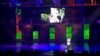 Eminem - Mockingbird & Just Lose It @ New York Live, 2005