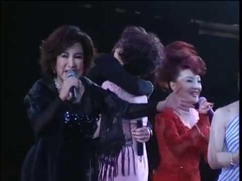 葉楓與唱家班-國語金曲30年演唱會 DVD (2002) J Ending - YouTube