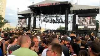 Slash Performs 'Pardise City' At Kansas City RockFest 05.12.2012