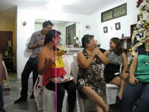 Entrega Regalos Amigo Secreto 2012 Part2 Youtube