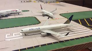 LHR London Heathrow 1:400 model airport 10:00am-12:00am operations