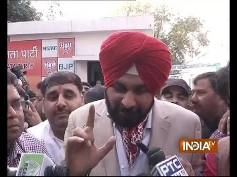 Navjot Sidhu insists on contesting from Amritsar, party pref