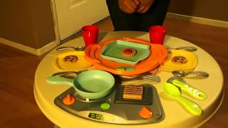Video Review: Fisher Price's Servin' Surprises Kitchen & Table