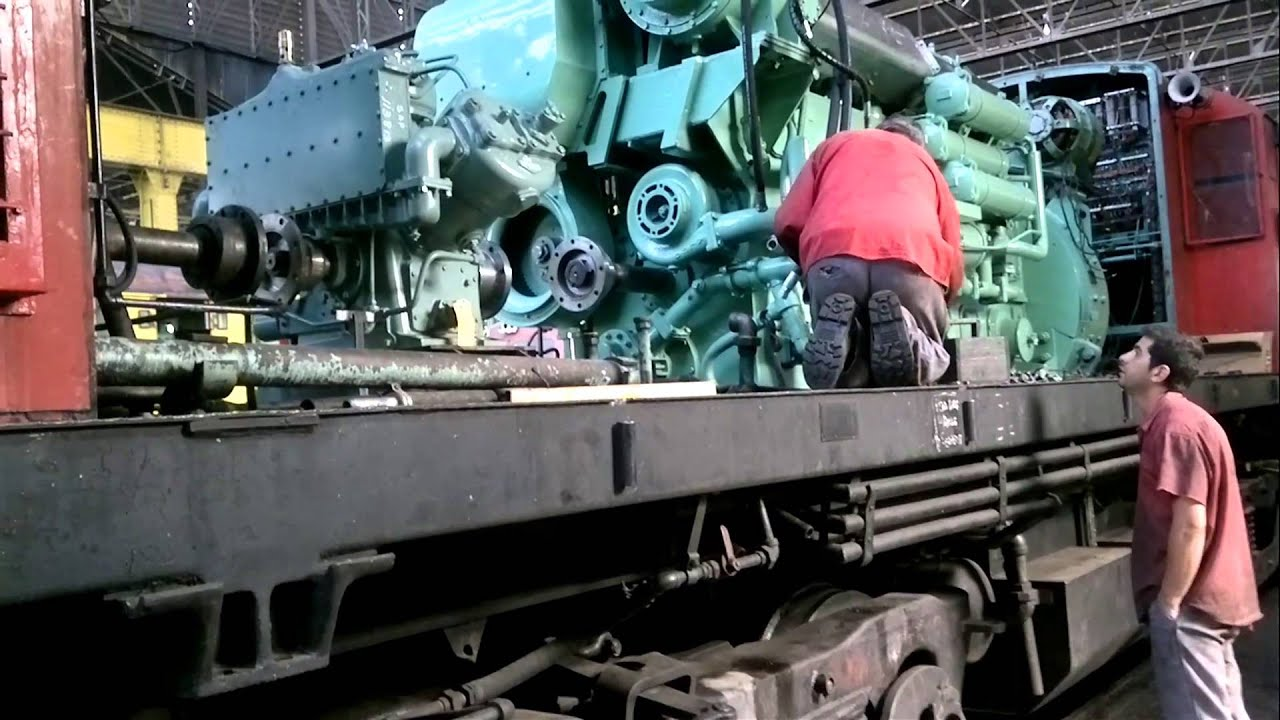 Locomotora ALCO RSD-35 #6447 - YouTube