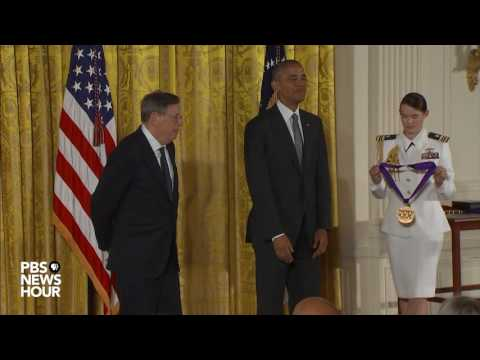 President Obama awards 2016 Arts and Humanities medals