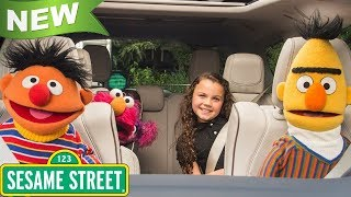 2018 Sesame Street: Elmo ,Big Bird , Count von Count  & Fozzie Bear Listen! Drive