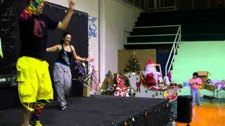 Una Calle Me Separa - Nestor En Bloque - Cumbia Fitness w/ Bradley - Crazy Sock TV