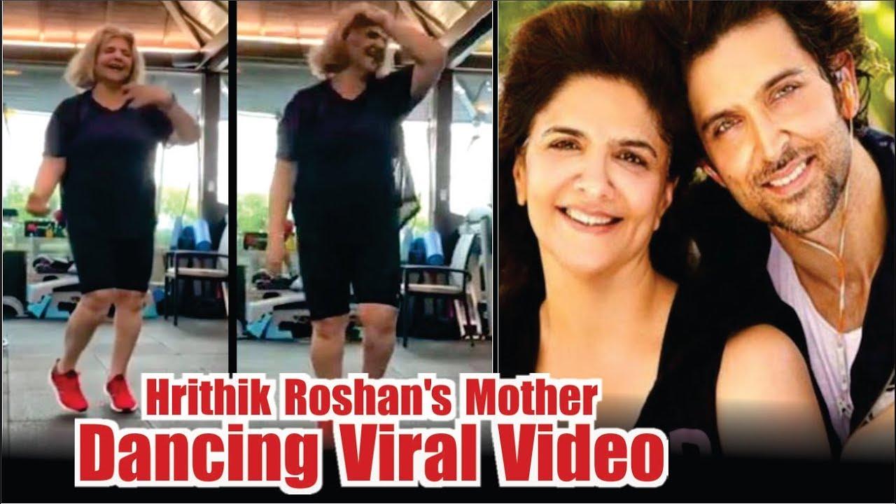 Hrithik Roshan's Mother Dancing Viral Video | Pinky Roshan Dancing On Super  30 Song | Mayapuri Cut