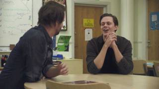Download Video Bill Skarsgård hyllar sin lärare #fördetvidare MP3 3GP MP4