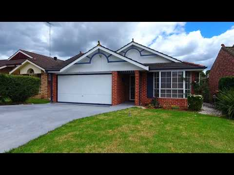 For Sale // 18 Kentia Court, Stanhope Gardens