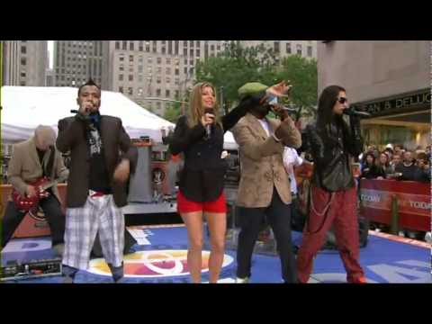 Black Eyed Peas   My Humps (Live The Today Show).wmv
