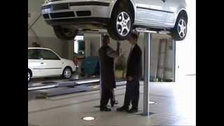 Jak działa podnośnik podpodłogowy zamontowany w warsztacie samochodowym? ELWICO Warszawa