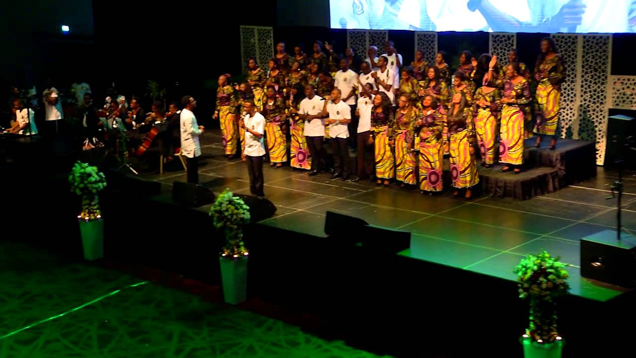 Download Onyedikagi   Mairo Ese & The Lagos Community Gospel Choir (LCGC)