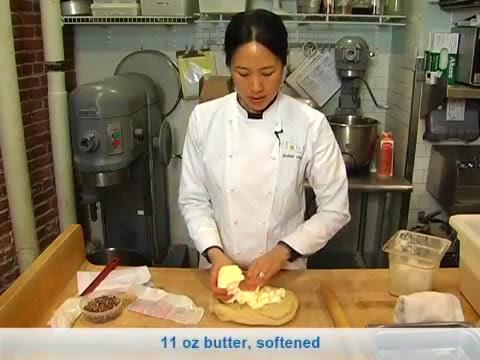 flour's-famous-sticky-buns