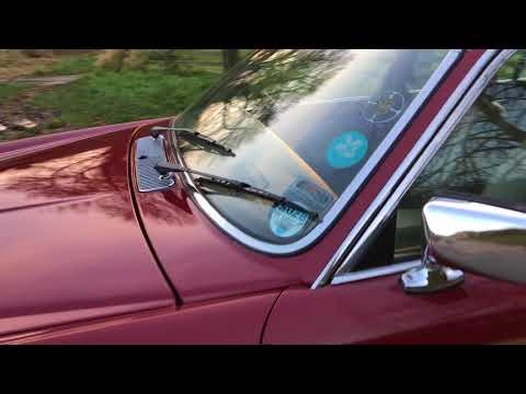 Jaguar XJ6 Sovereign 1986 67k - Bradley James Classics