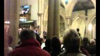 Azaan dans une église