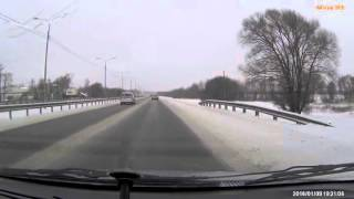 Стук при нажатии на газ по дороге в Москву