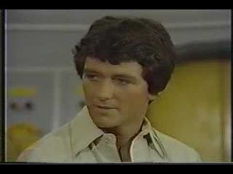 Patrick Duffy 1977  on Mike Douglas   Part One