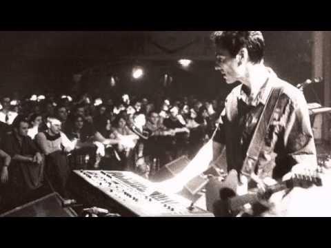 Fila Brazillia ft. Djinji Brown - Pots & Pans Live San Francisco 2002