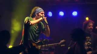 Locomondo - Δεν προλαβαίνω   Locomondo - Den Prolavainw - Live -Theatro Petra 2011