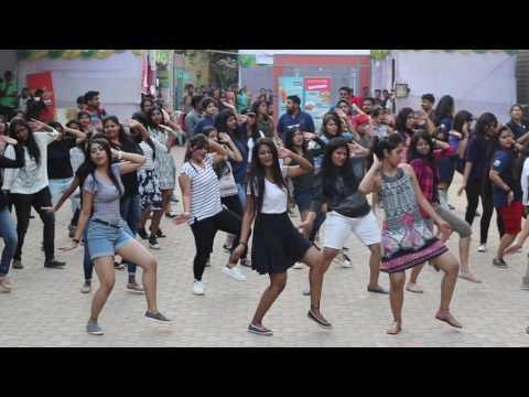Flashmob of 4th years (2013-2018), the organizers of Karvaan 2k17....   KIIT SCHOOL OF LAW