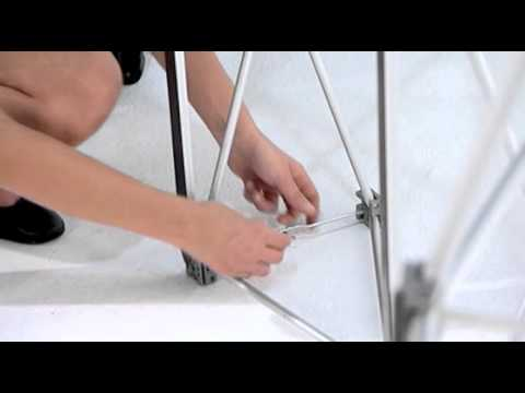 Stand parapluie courbe en aluminium plv stand broker youtube for Stand parapluie 3x3