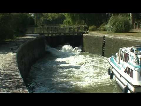 Passage aux ecluse du Vivier - Canal du Midi