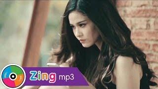 Hãy Bước Qua Nhau   Trương Quỳnh Anh   Official MV