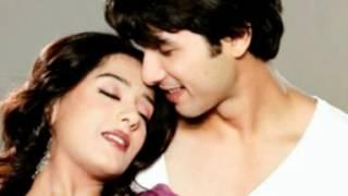 Bahon Mein Bahon Ko_Udit Narayan & Shreya Ghosal_2012
