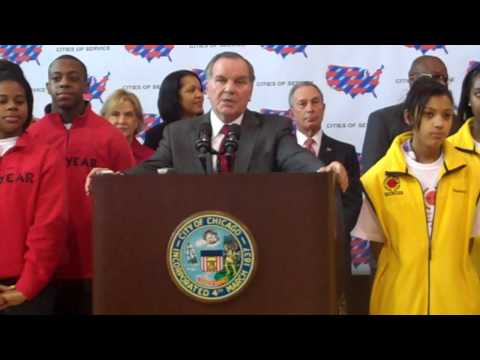 Mayor Richard M. Daley at the Cities of Service Press Conference at Dulles School of Excellence.