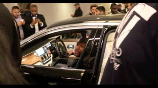 MAYHEM! - FLOYD MAYWEATHER JR LEAVING THE PARK LANE HILTON LONDON IN ROLLS ROYCE AS FANS MOB HIM