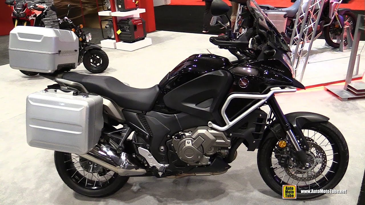 2017 honda vfr 1200 f dct walkaround 2016 aimexpo orlando youtube. Black Bedroom Furniture Sets. Home Design Ideas