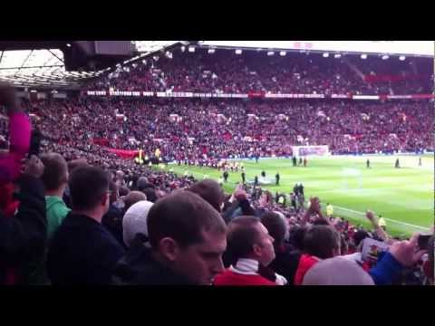 RVP & the Arsenal fans at Old Trafford...