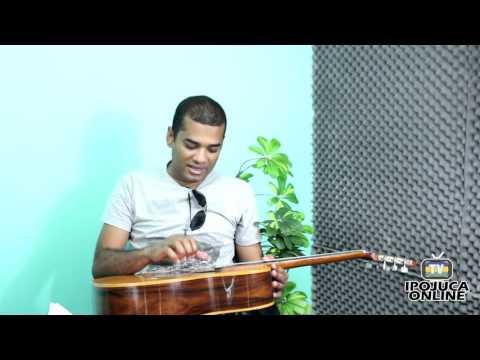 Entrevista com o cantor e compositor Emanuel de Albertin