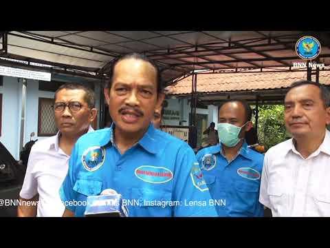 BNN News : BNN Ngawal Kurir Ganja Dari Aceh Ke Bandung