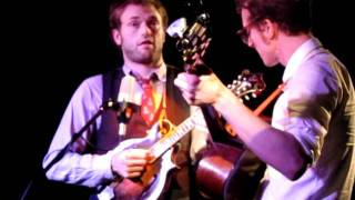 Chris Thile and Michael Daves: Cherokee Shuffle Epic String Break