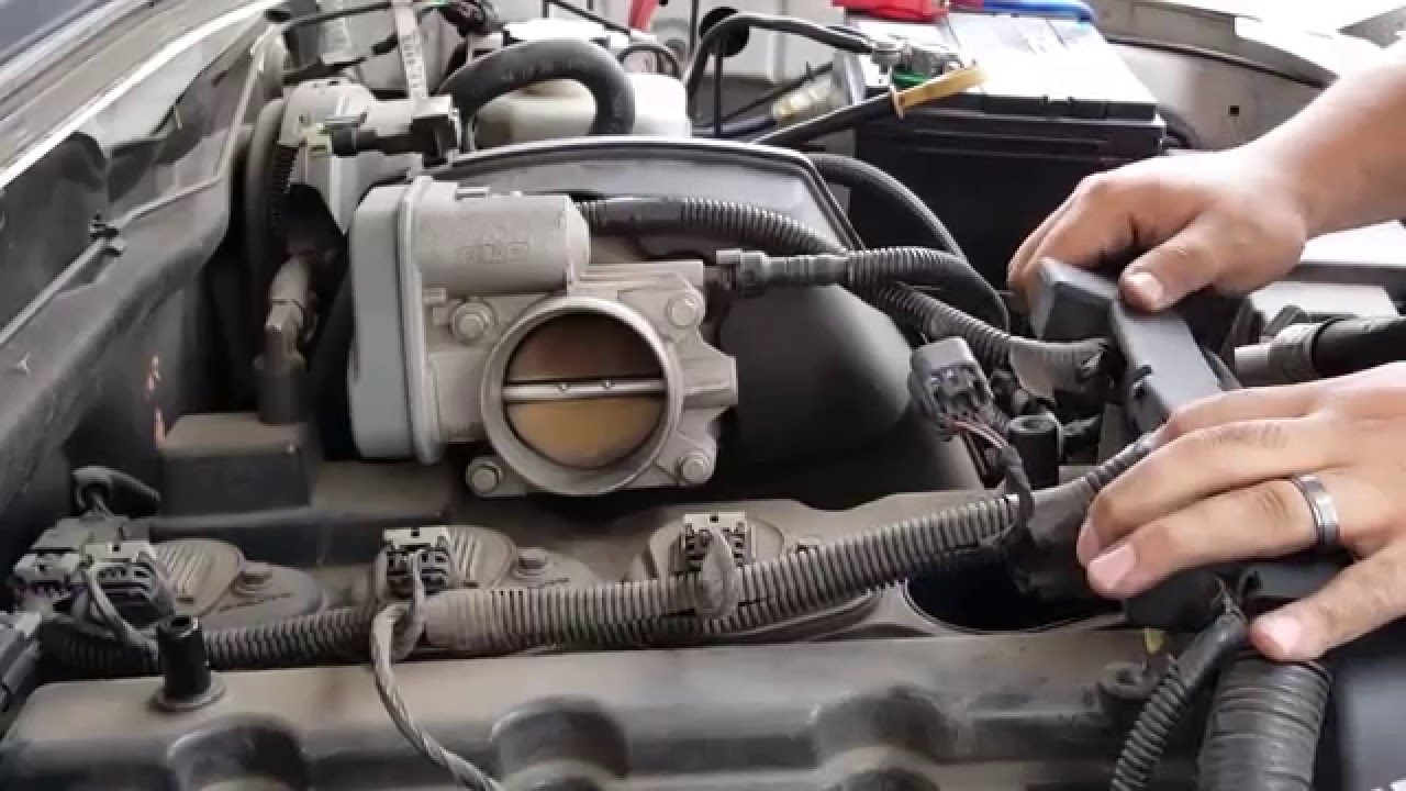 how to change spark plugs on chevy colorado [ 1280 x 720 Pixel ]