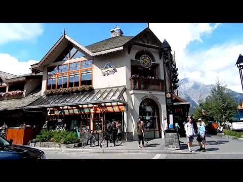 Banff Town Streets and Shops Walking in Summer - Awesome Summer Day 1