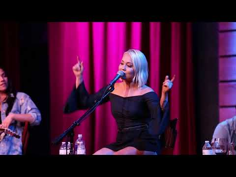 "Raelynn - ""Tailgate"" (Live at City Winery)"