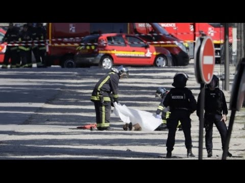 Champs-Elysees attack driver is dead: interior minister