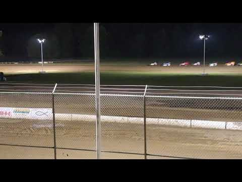 Modlite pile up at Muskingum County Speedway